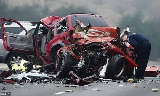 女司机高速逆行致6人死亡被判刑30年 法庭忏悔想再死一百多万次