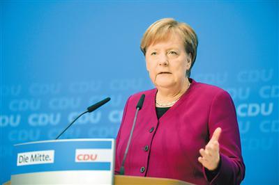 图为10月29日,德国总理默克尔在基督教民主联盟党内发布会上讲话。新华社记者 连 振摄