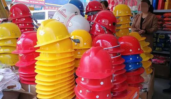 天津:现役军人和消防员免费乘坐公共交通工具