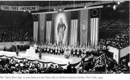 图为德国之声贴出的美国亲纳粹党的团体于1939年时曾使用这面旗帜进行游行