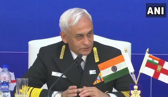 发布会上的印度海军参谋长苏尼尔·兰巴 图源:NDTV
