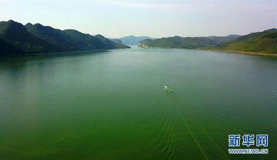 这是7月3日拍摄的乌江江界河渡口(无人机拍摄)。新华社记者 杨文斌 摄