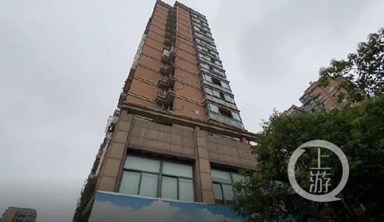 ▲7月22日,浙江杭州,来惠利居住的是当地一处回迁小区,总高18层。摄影/上游新闻记者 时婷婷