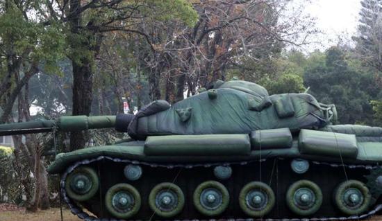充气战车 (图源:台媒)