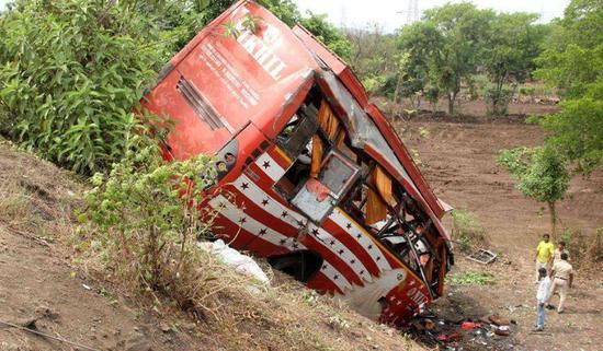 印度交通事故频发(图源:新华社)