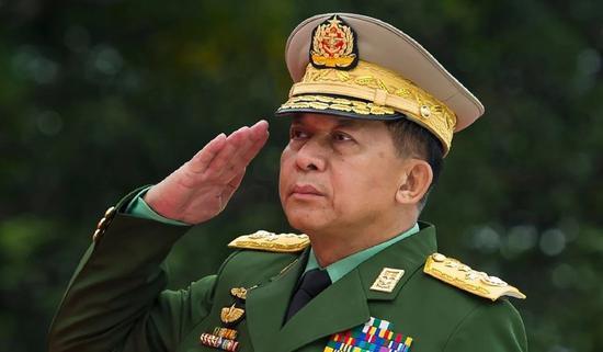 (资料图:缅甸武装部队总司令敏昂兰)
