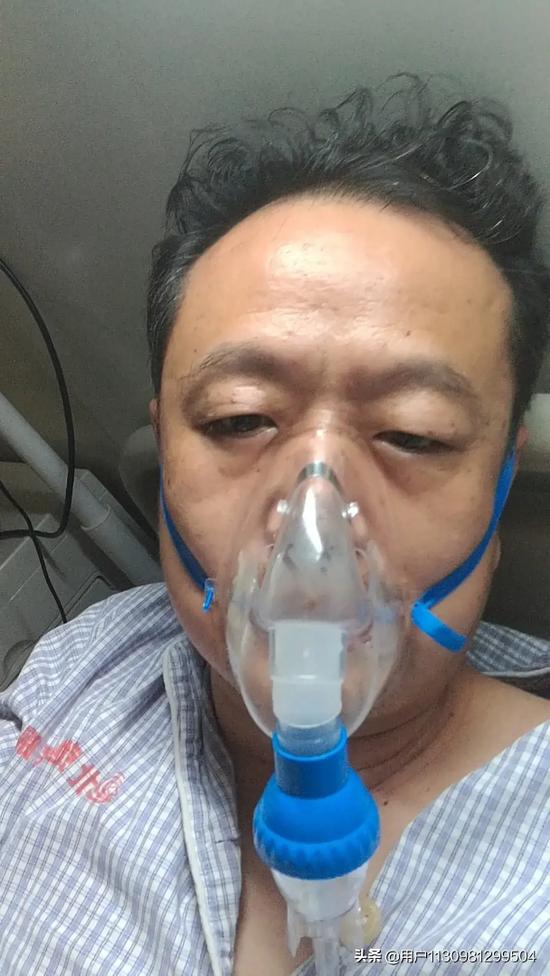 住院时的唐敬之。图片来自唐敬之自媒体账号。