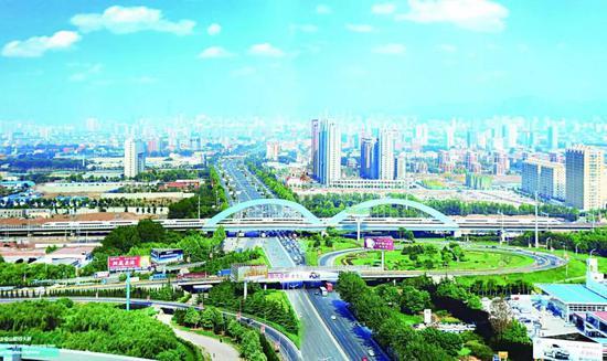 高铁拉动一座新城(图片由济南铁路局宣传部提供)