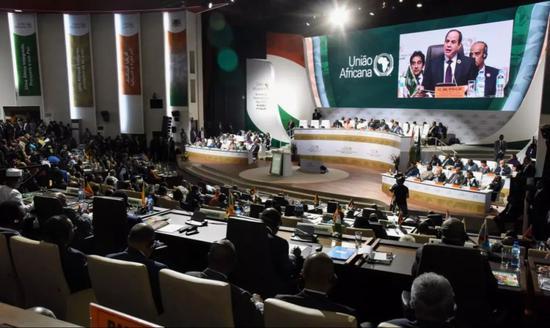 这是7月7日在尼日尔首都尼亚美拍摄的非盟特别峰会现场。新华社/法新