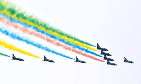 双十一不只是购物节 还是人民空军的生日(图)