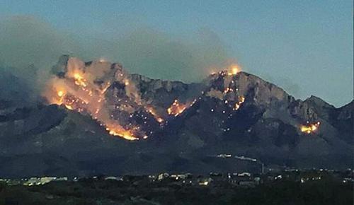 图森附近山火,来源:社交媒体