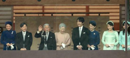 日本明仁天皇今天迎来85岁生日 这也是他作为天皇的最后一个生日