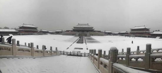 大连贝雕精品展在北京恭王府开幕
