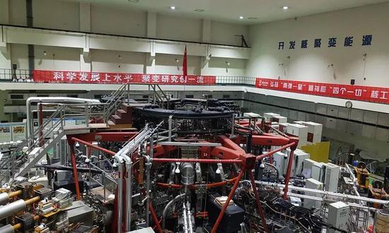 """中核集团核工业西南物理研究院的""""环流器二号A""""聚变实验装置。"""