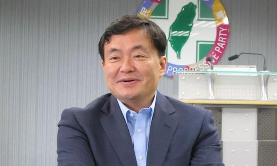 民进党前秘书长洪耀福