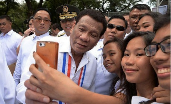 杜特尔特任内,菲律宾人对他总体满意度较高