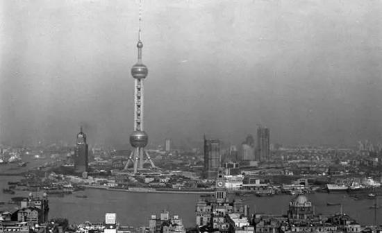 1995年4月,浦东陆家嘴金融贸易区