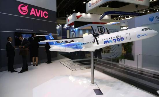 ▲航展上的MA700模型(新华社)