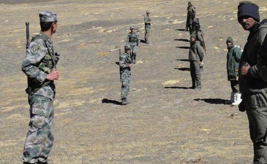 中印军队在边境面对面 印度NDTV新闻网 图