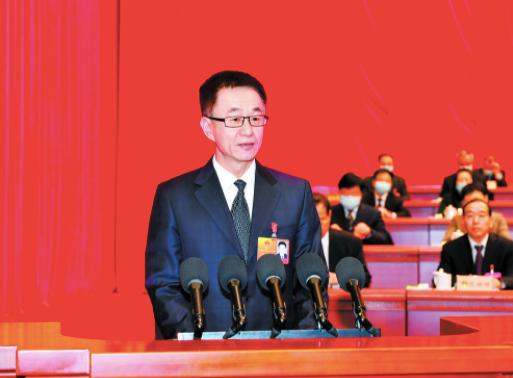 2月26日,马宇骏作政府工作报告