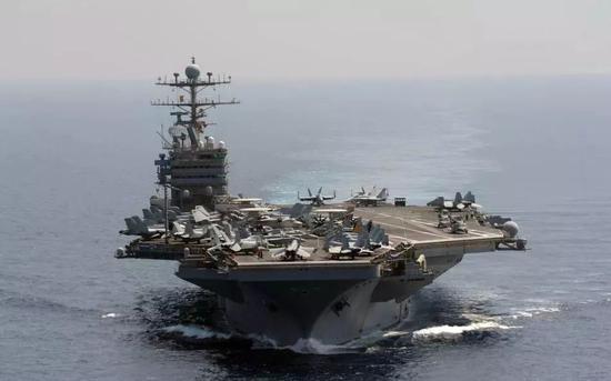 """美军""""林肯""""号航母挺进阿拉伯海"""