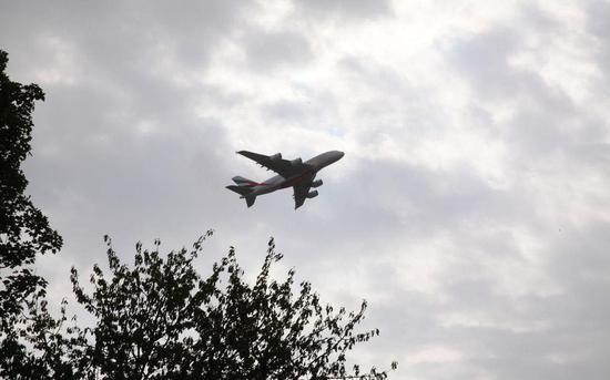 法国明年征航空新税引不满 机票价格或将水涨船高