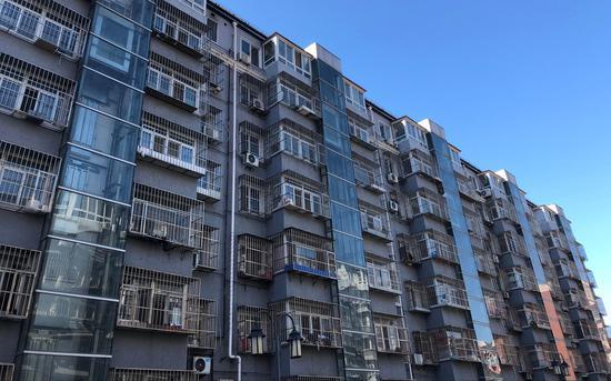 乔庄东区3、4、5号楼均在北侧加装了电梯,但都未投入运行