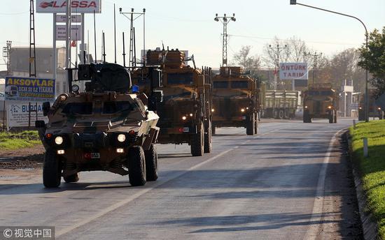 12月24日,土耳其向叙利亚边境添派部队。(图:视觉中国)