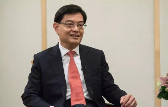 ▲2018年5月,新添坡财政部部长王瑞杰批准新华网专访。 图/新华社
