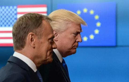▲资料图片:2017年5月25日,比利时布鲁塞尔,美国总统特朗普现身欧盟总部与欧盟领导人会面。