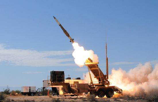 美国研发的爱国者-3防空导弹系统