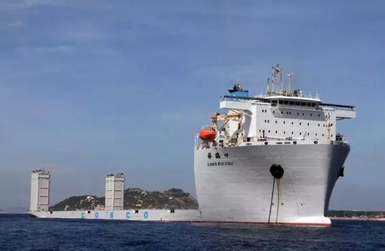 """▲广船国际造5万吨半潜船""""祥瑞口""""号"""
