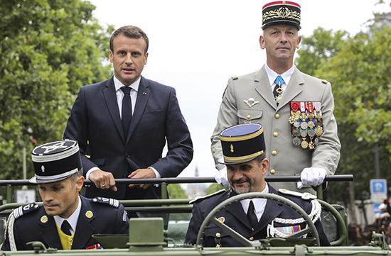 当地时间2019年7月14日,法国巴黎,法国国庆阅兵仪式开始,这次阅兵式将突出欧洲防务的主题。东方IC 图
