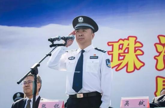 副市长、市公安局党委书记、局长张锐