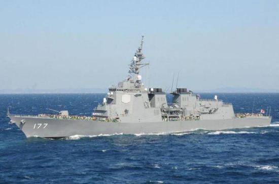 图为日本海上自卫队装备的导弹驱逐舰