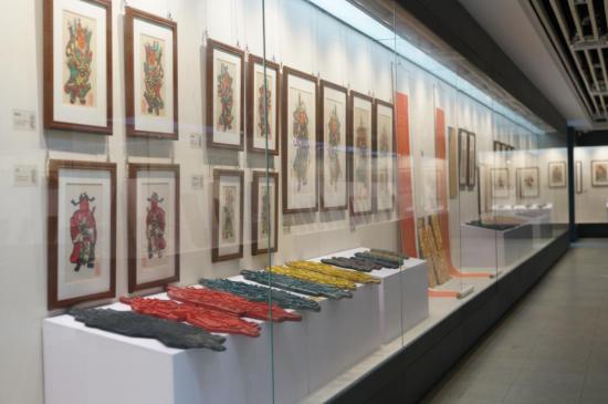 '年画重回春节'暨冯氏佛山木版年画复业二十周年纪念展