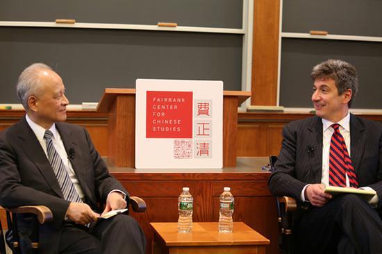 中国驻美大使崔天凯应邀访问哈佛大学费正清中国研究中心,并发表演讲。