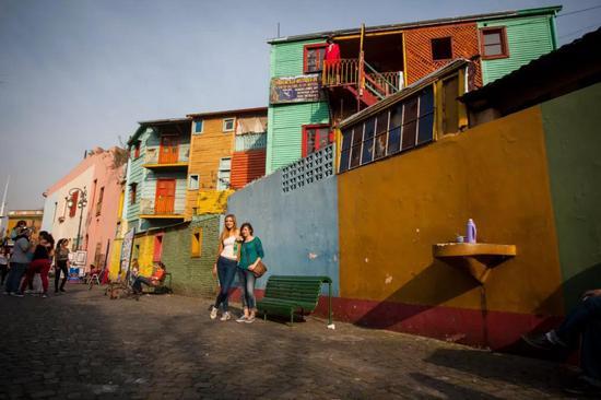 布宜诺斯艾利斯市博卡区色彩缤纷的房子