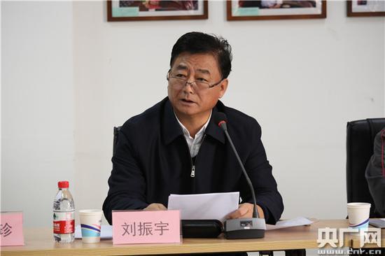 司法部副部长刘振宇:中彩金项现在在助力精准扶贫、维护农民工相符法权好等方面发挥了积极作用(主理方供图)