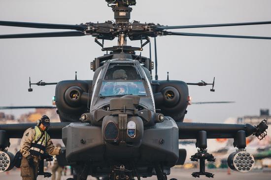 阿帕奇直升机原料图(来源:台湾《说相符报。》)
