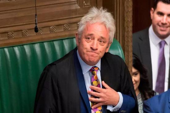 """这位网络爆红的英国议长 可不只会喊""""Order"""""""