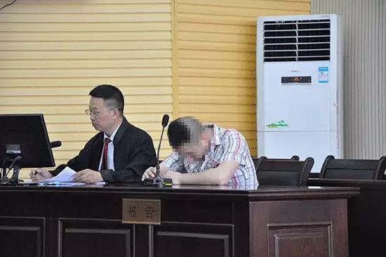 侮辱凉山救火烈士 江西万年一男子坐牢又道歉(图)