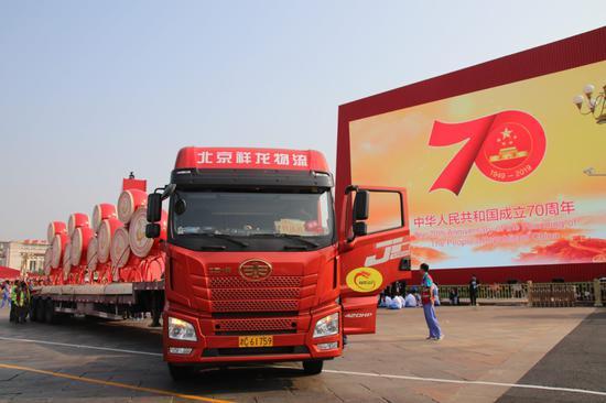 """上海推进""""回箱计划"""":家门口就可回收快递箱等包装"""