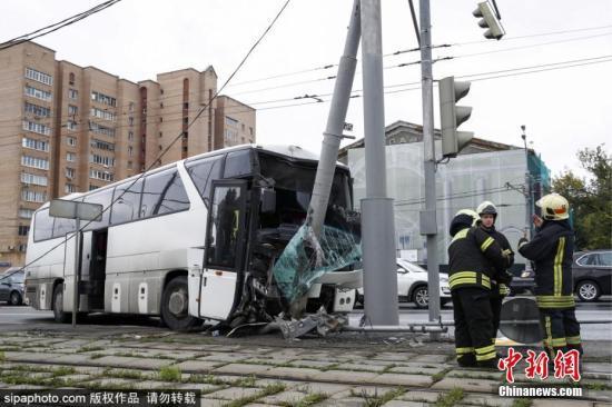 扫描面部记录表情 莫斯科将监控公交司机疲劳迹象