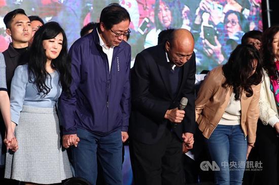 韩国瑜这匹暗马,终极照样异国冲杀成功