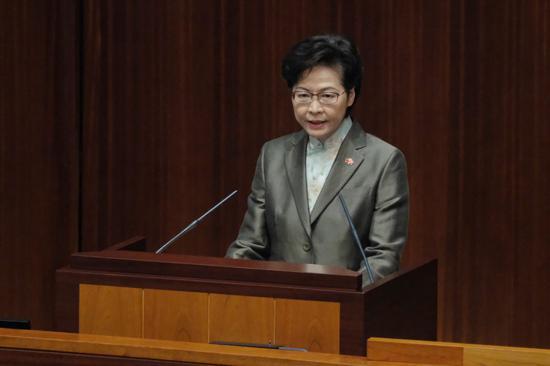 林郑月娥:宪制秩序下特首为议员监誓无可厚非