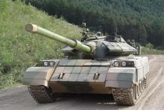 真錢的棋牌游戲_寧夏兩男子潛入部隊營區 盜竊59式坦克履帶被判刑