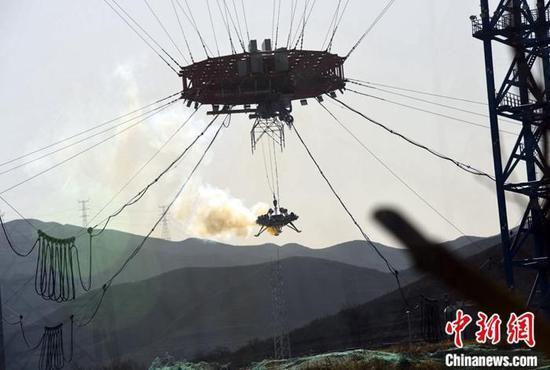 2019年11月14日,中国首次火星探测义务着陆器悬停避障试验公开亮相。 中新网 原料图