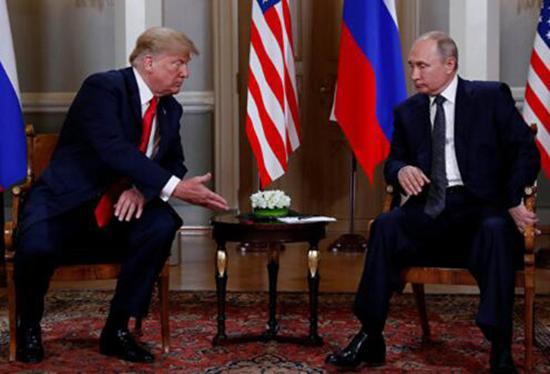 普京与特朗普始次会晤