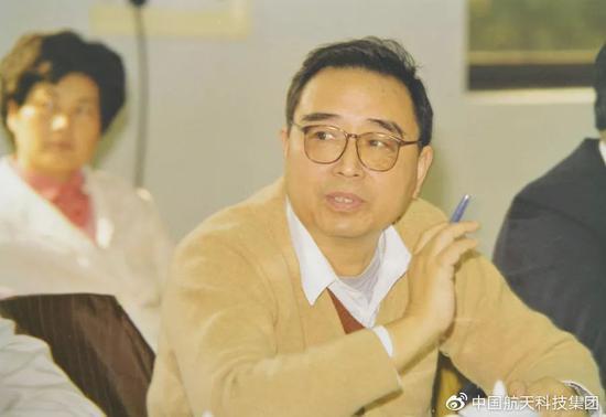 刑期还剩22个月妻子起诉离婚 徐翔庭审表态:同意